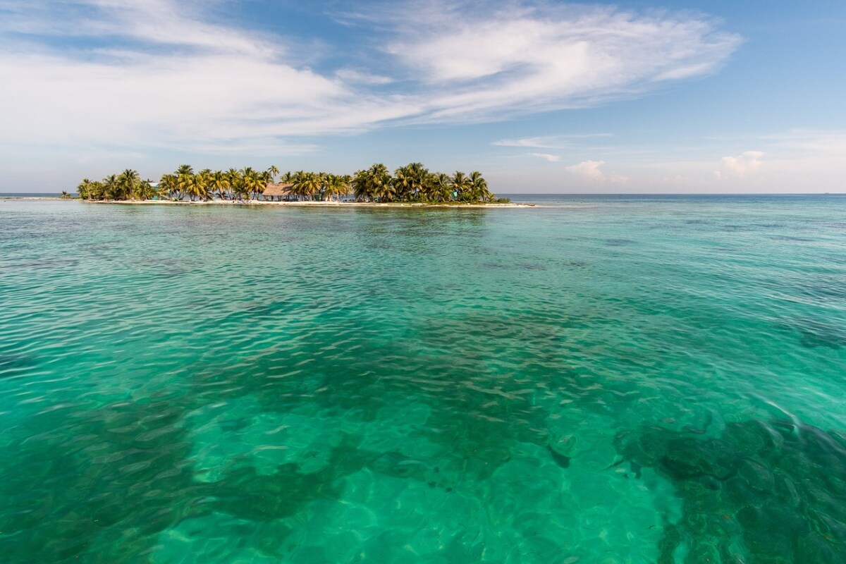 Yacht Charter Belize