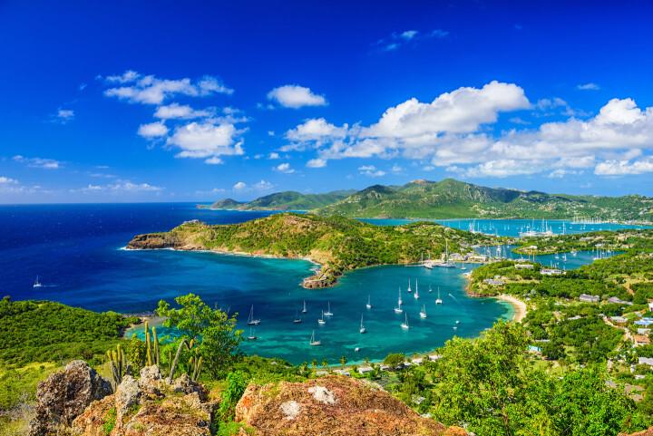 Sailing holidays in Antigua