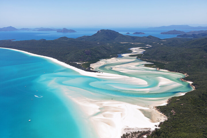 Sailing holidays in Australia