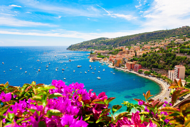 Sailing holidays in France