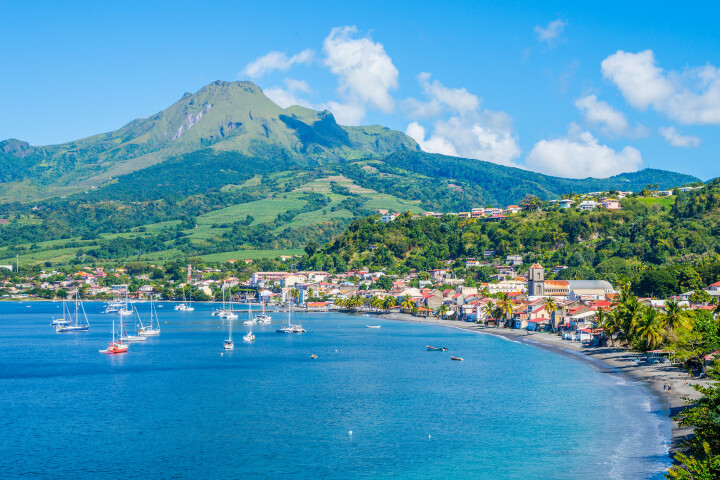 Sailing holidays in Martinique