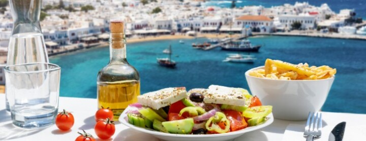 Explore Mediterannean cuisine from your yacht charter: how to