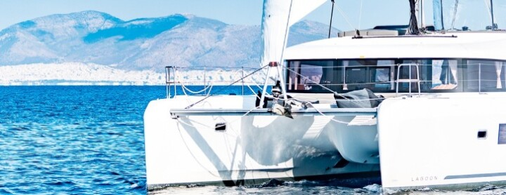 Lagoon 42 - Yacht in review