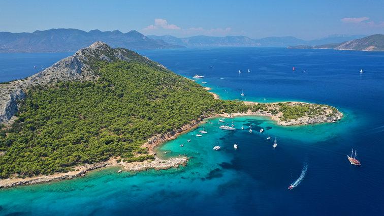 Sailing holidays Saronic Islands, Greece