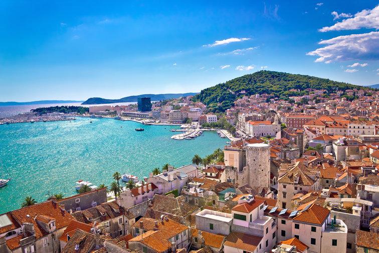 Sailing holidays in Split