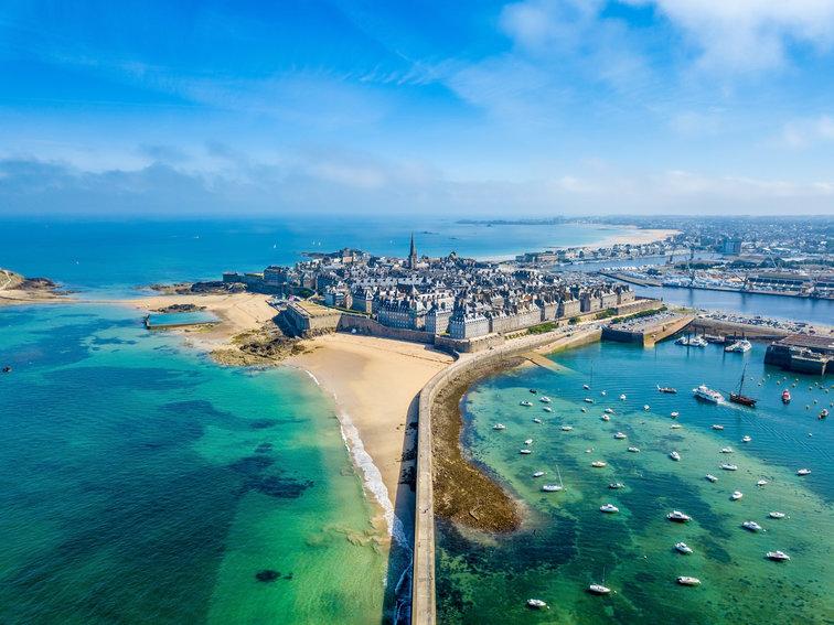 Sailing holidays Brittany, France
