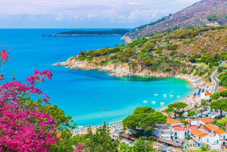Sailing holidays in Tuscany, Italy